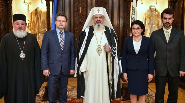 Romanian Church Patriarch gets honorary degree from top university amid heated debate about church's role