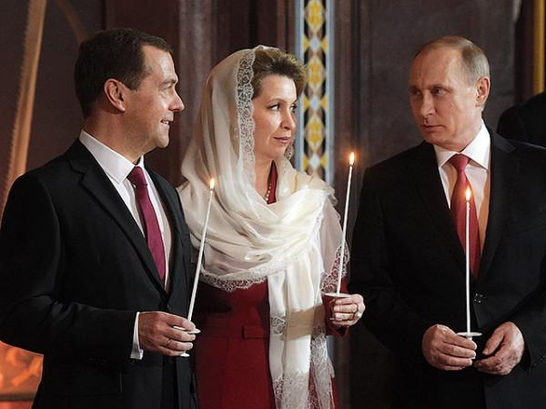 Putin congratulates Orthodox Christians, all Russians on Easter