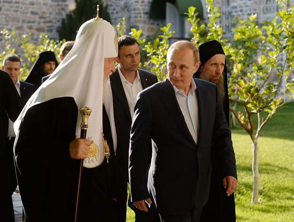 Patriarch Kirill thanks Putin for supporting Athos monastery