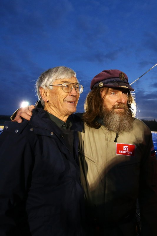 Australian explorer Dick Smith and Fedor Konyukhov, before lift off (Paul Kane/ Getty Images)