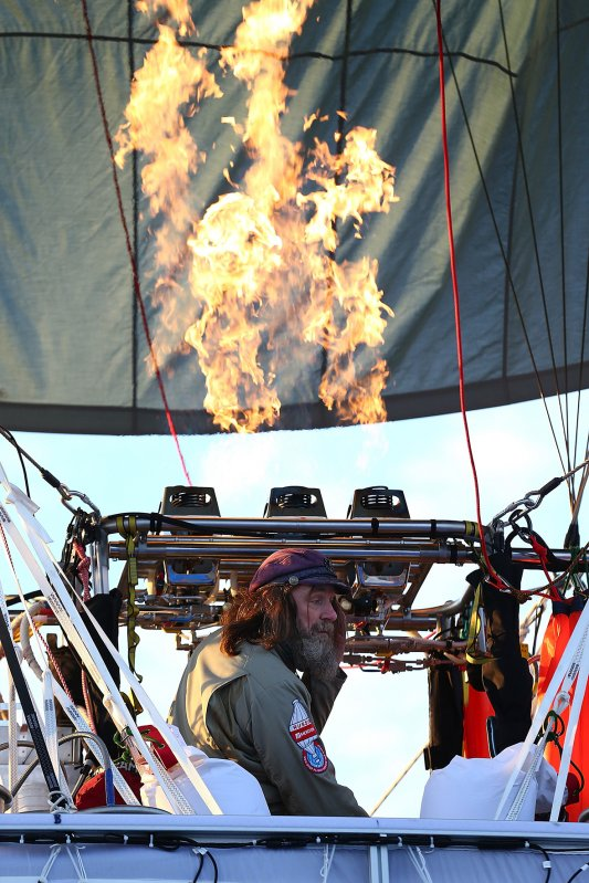 Fedor Konyukhov prepares for lift off from the Northam Aero Club in Northam, Australia (Paul Kane/ Getty Images)