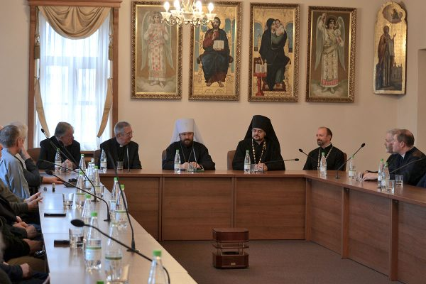 Metropolitan Hilarion of Volokolamsk meets with a group of Catholic clergy from the Diocese of Dublin