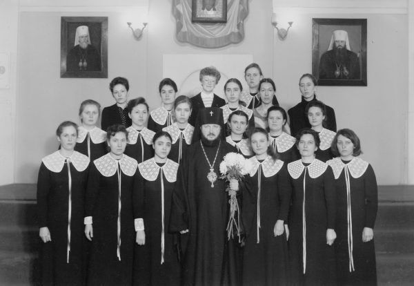 With the graduates of the Choral Faculty. Leningrad, the 1970s.