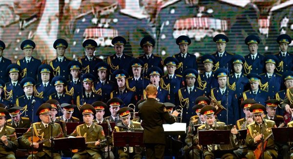 64 Members of Russian Army's Famed Alexandrov Choir Feared Dead in Tu-154 Crash
