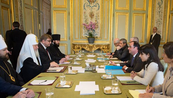 Hollande, Patriarch Kirill discuss protection of Christians in Middle East, Ukraine crisis
