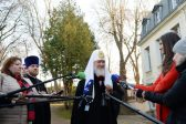 Primate of Russian Orthodox Church gives press conference at the conclusion of his visit to France