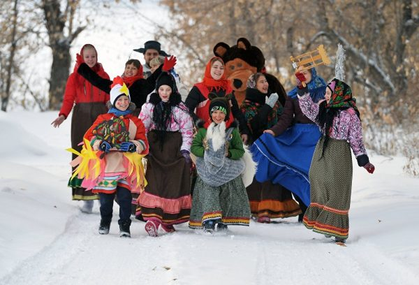 Pray, Sing Carols and Tell Fortunes: How Russia Celebrates Christmas