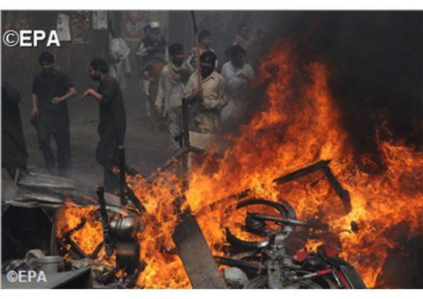 Pakistan acquits 112 in arson case against Christians 