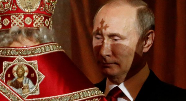 Russian President Putin Congratulates Russians on Easter
