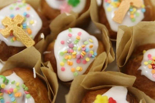 3,000 Easter cakes blessed by Patriarch Kirill delivered to Russian servicemen in Syria