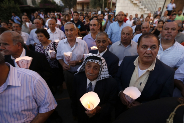 Muslims in Jordan Guard Churches on Easter Sunday