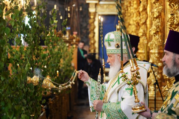Patriarch Kirill drew a parallel between spiritual life and mobile connection