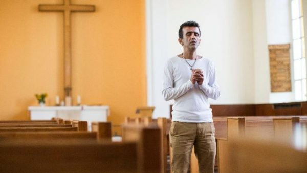 100s of Muslims converting to Christianity in Finland, churches say