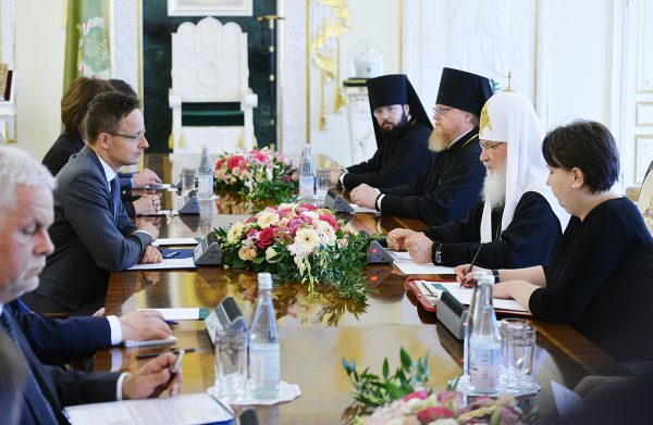 His Holiness Patriarch Kirill meets with Hungarian Minister of Foreign Affairs and Trade Péter Szijjártó