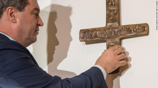 Decree on the Placement of Crucifixes at Public Buildings' Entrances Comes into Force in Bavaria