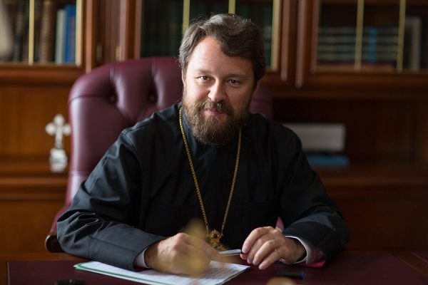 Metropolitan Hilarion: In the Name of the Russian Orthodox Church, I'd Like to Bow Down on My Knees to Our Physicians