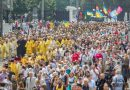 Kiev Religious Procession Begins