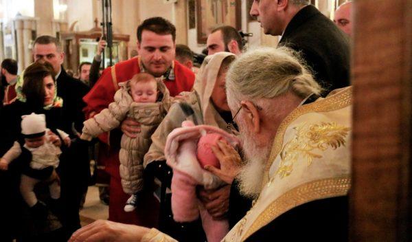 Patriarch Ilia of Georgia Baptizes 630 Children in 57th Mass Ceremony