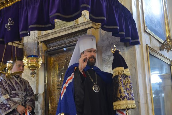 Patriarch Kirill Congratulates Metropolitan Hilarion on the 10th Anniversary of His Service as DECR Chairman