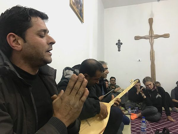 Muslim Syrians Who Suffered ISIS Occupation Now Turning to Christianity
