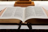 Christianity Gives Way to Atheism in Britain, Survey Suggests