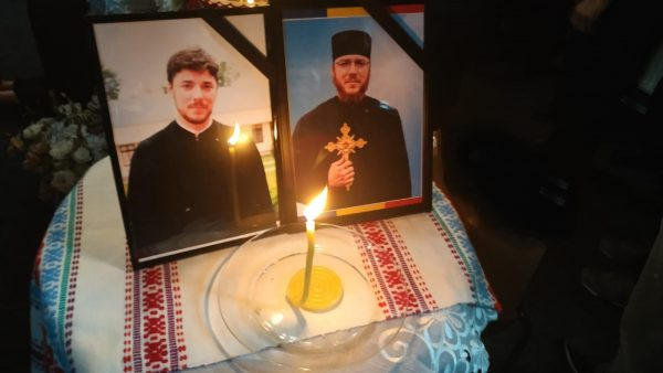 Bucharest Archdiocese Gives $1,000+ to Family of Newly-Reposed Priest