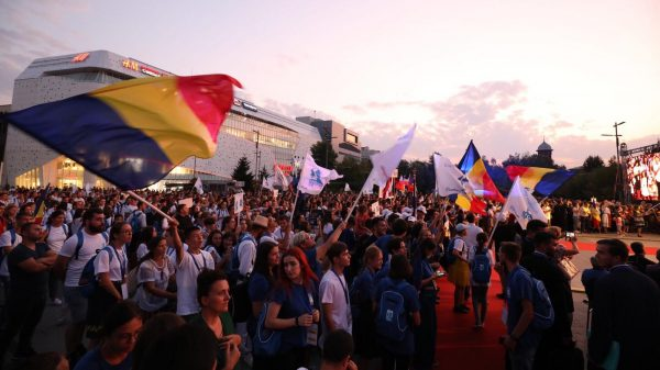 Over 4,000 Young Christians Attend International Meeting of Orthodox Youth in Craiova