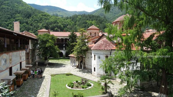 Five Bulgarian Monasteries to Get a Facelift with European Funds