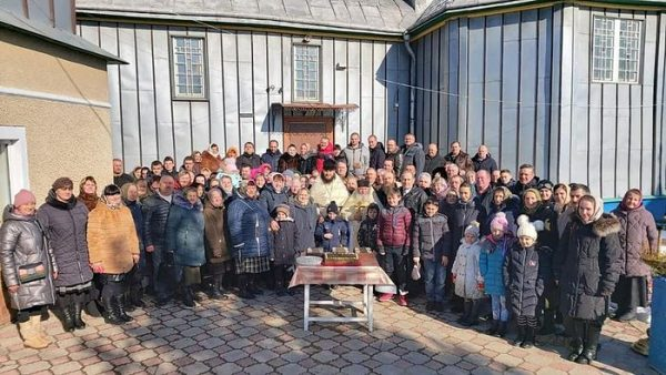 Ukrainian Villagers Celebrate 1-year Anniversary of Round-The-Clock Prayer Vigils in Defense of Their Church