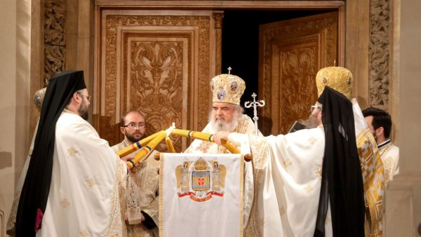 Patriarch Daniel: The Crucified and Risen Christ is the Healer and Liberator of Humankind