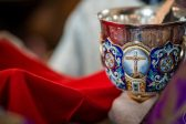 Moscow Priests Give Holy Communion to Several Patients with Coronavirus