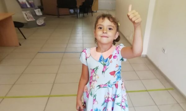 Kristina was given a hearing aid that gave her headaches. The whole city raised money for the new one