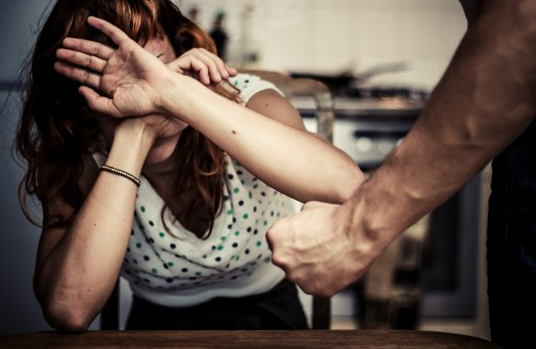 """""""Why doesn't she leave?"""" What happens to a woman when her husband is an aggressor"""
