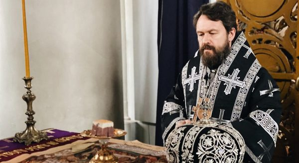 "Metropolitan Hilarion: ""During Holy Week We Remember Christ's Sufferings for the Whole World"""
