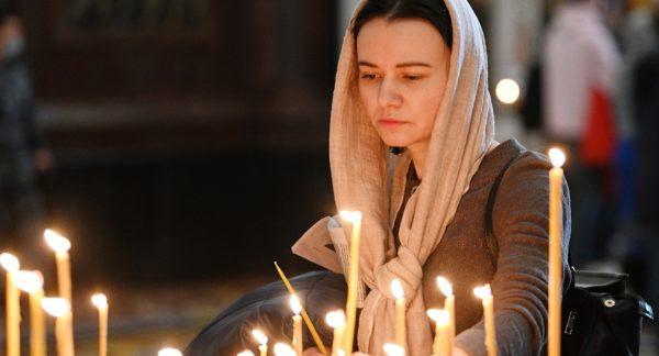 Patriarch Kirill Believes Orthodox Women Serve as Myrrh-Bearing Women