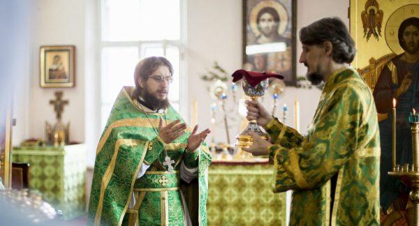 "A ""Teaching"" Divine Liturgy – Explaining Our Worship"
