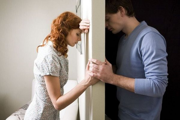 How Do You Live with a Spouse You No Longer Love? Can Love Just Disappear?