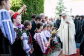 Ahead of New School Year, Patriarch Daniel Blesses Romanian Students, Professors Everywhere